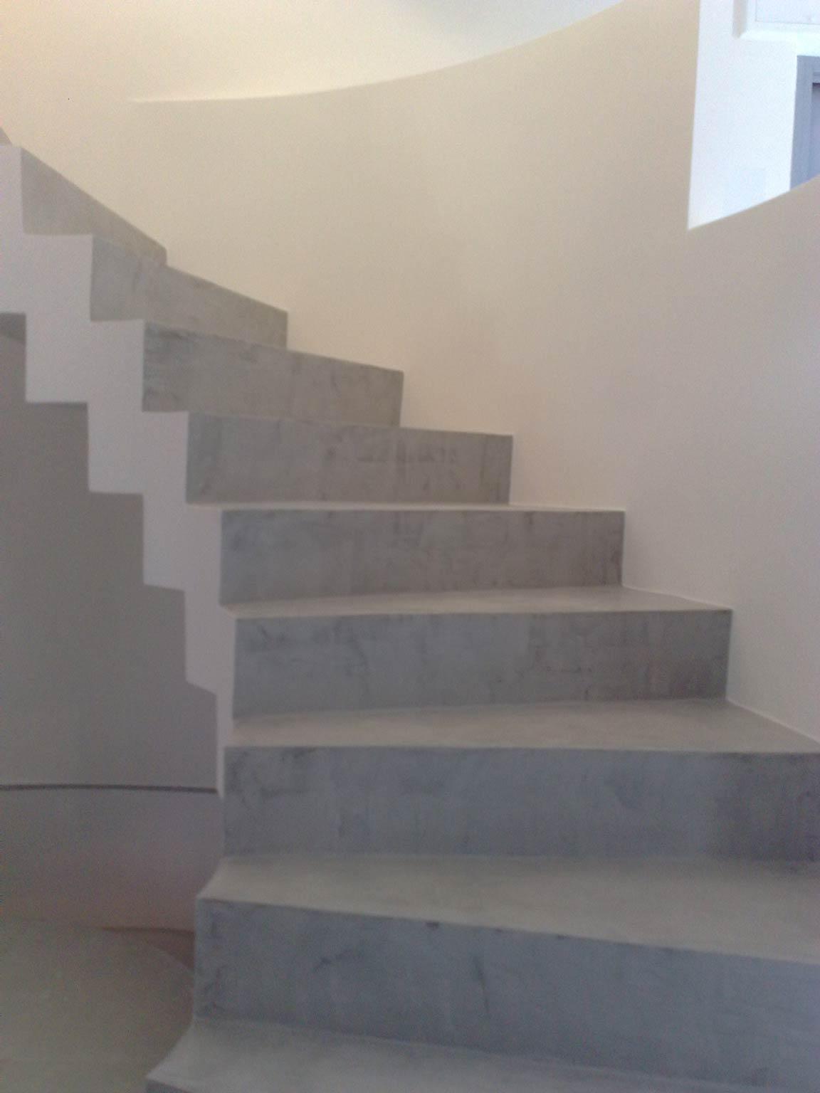 Resine per pavimenti interni pavimenti in resina per - Scale in resina prezzi ...